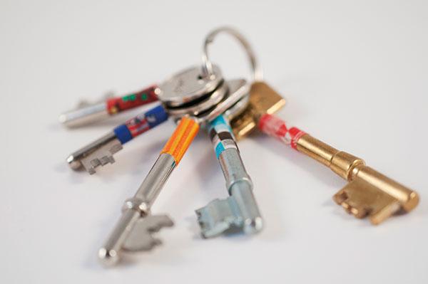 use washi tape for marking keys