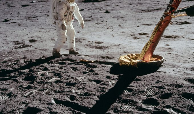 apollo moon landings conspiracy