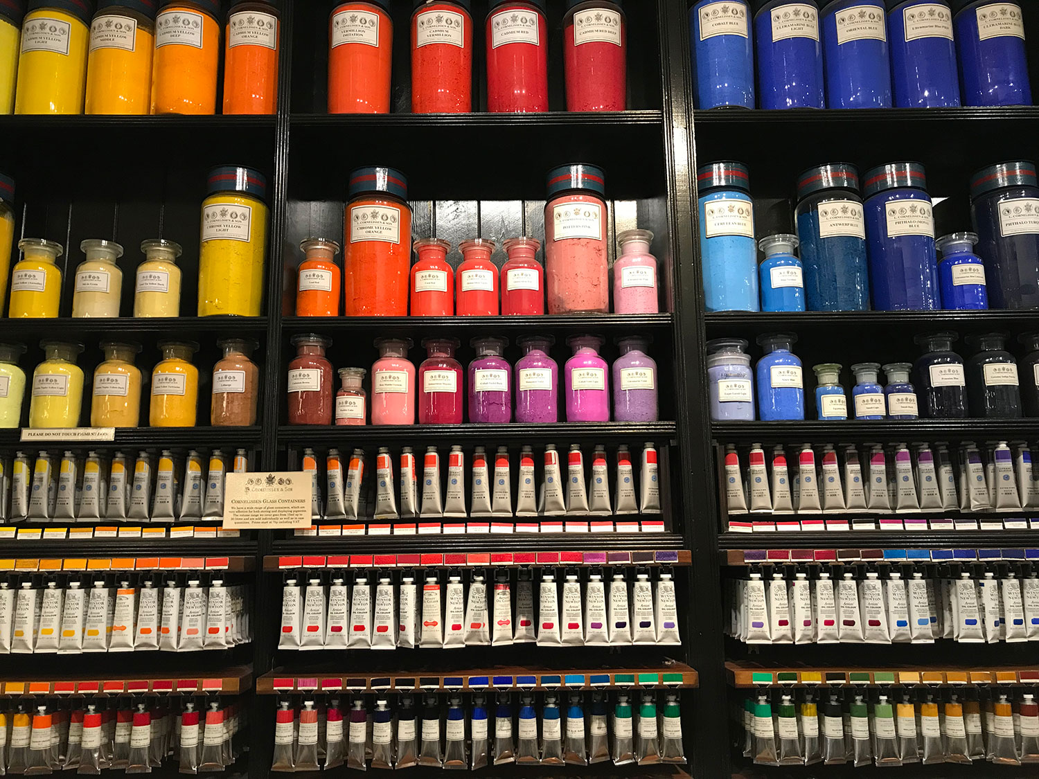 stationery shop bloomsbury - london - l. cornelissen