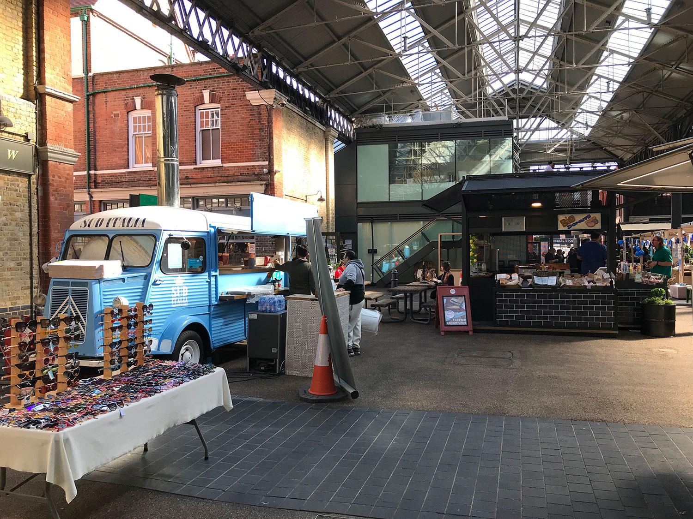 stationery shop walk shoreditch london - spitalfields market