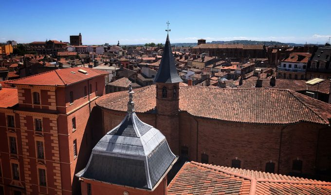 5 reasons to visit toulouse - size