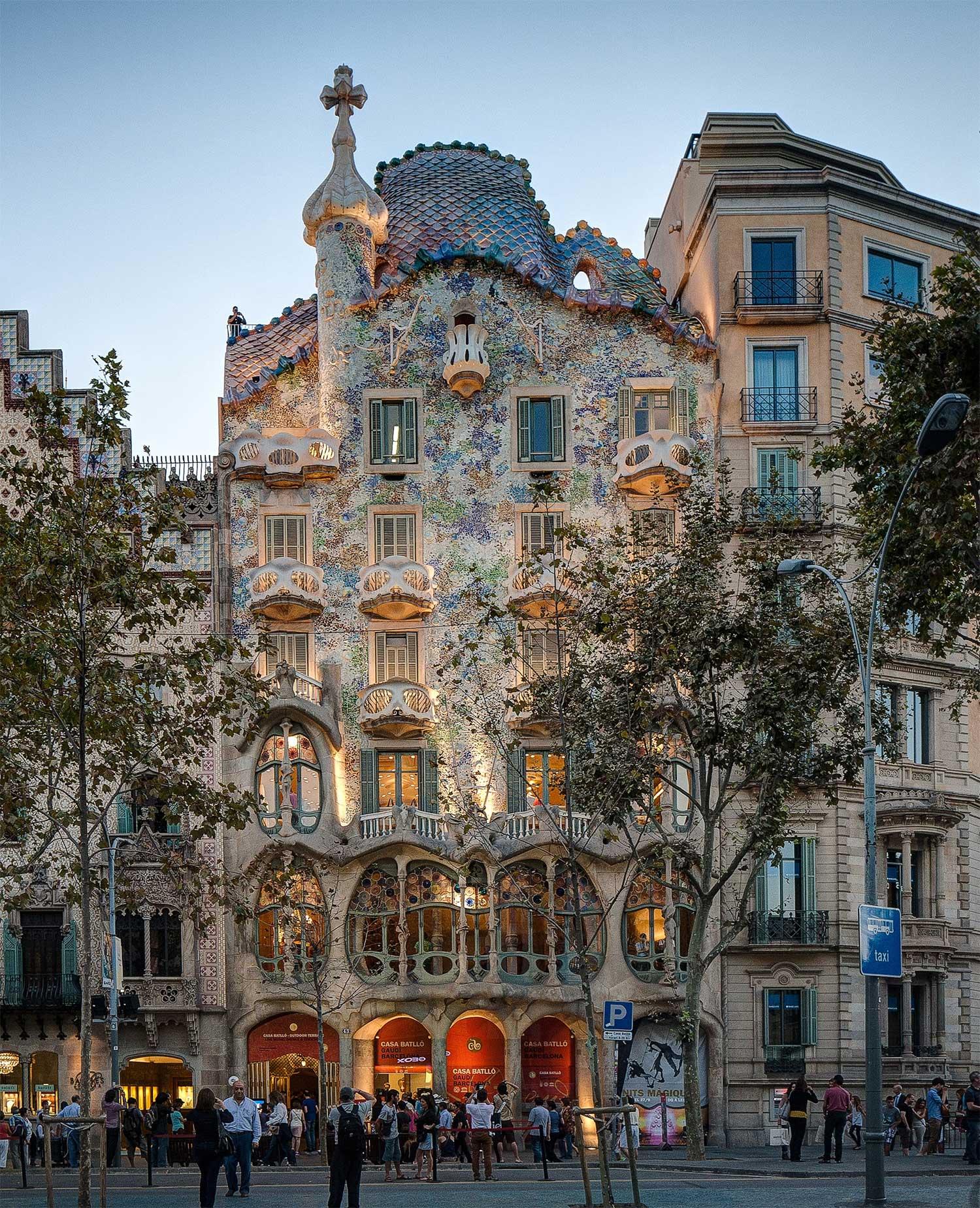 casa battlo gaudi barcelona